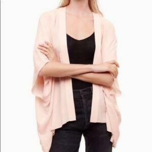 Aritzia Talula Pink Fawkner Kimono S/M